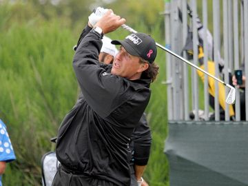 Phil Mickelson Confirms He Will Play in CareerBuilder Challenge