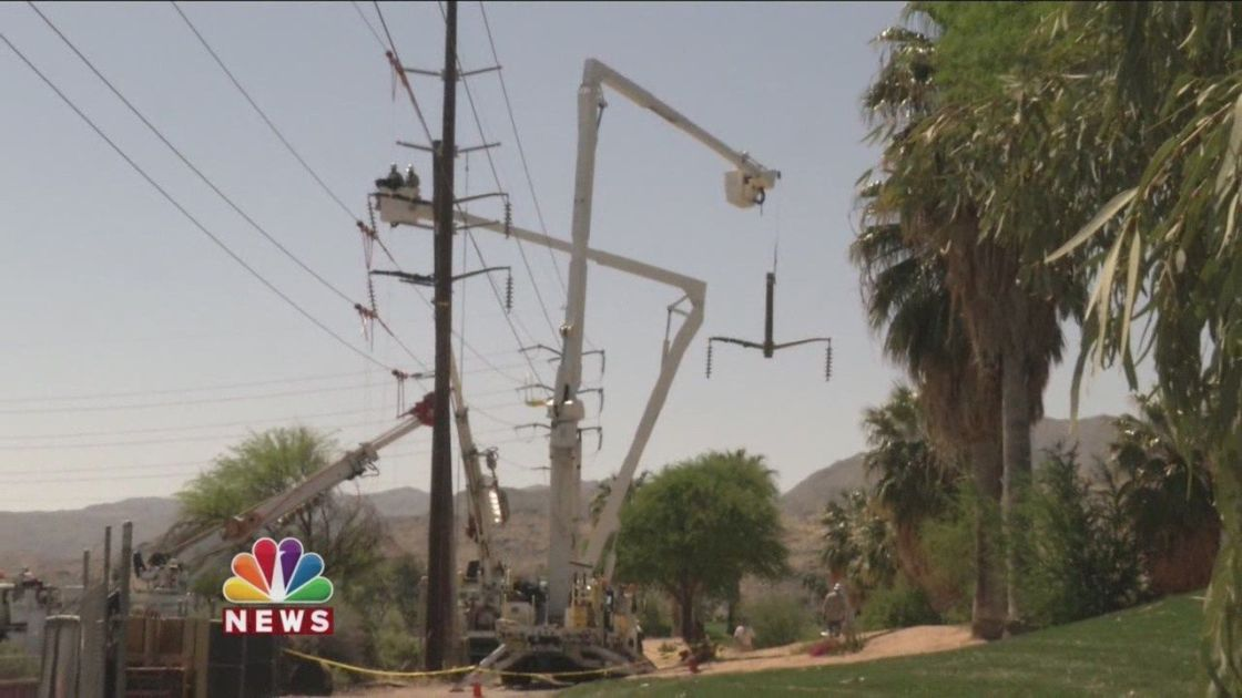 City Crews Clean Up Mess After Strong Winds