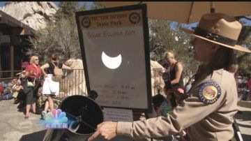 Hundreds Flock to Tram Eclipse Viewing Party