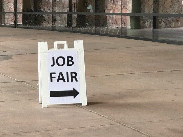 Kimpton Rowan Palm Springs Hotel Hosts Job Fair