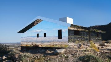 Mirror House Is Torn Apart