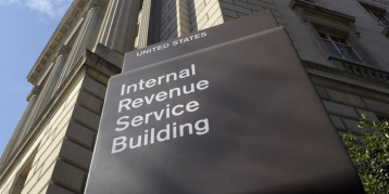On Tax Day, the IRS website struggles to accept payments