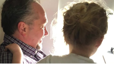 Stranger Helps Traveling Mom of Two on Flight
