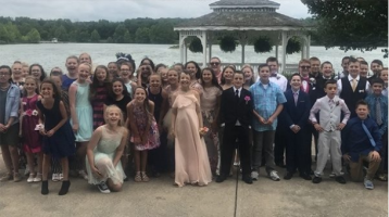 Fifth-grade girl with cancer dances night away at her 'dream prom'