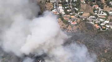 Brush Fire Scorches Over 30 Acres, Threatens Homes in Beverly Crest