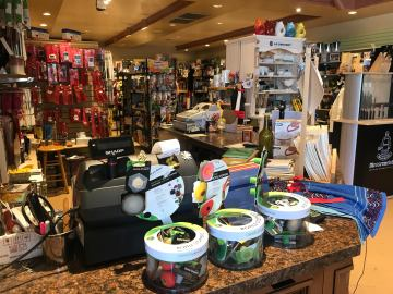 Indian Wells Shopping Center Faces Financial Crisis