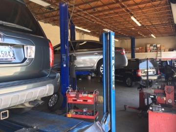 Auto Mechanics Offer Vehicle Safety Tips In Extreme Heat
