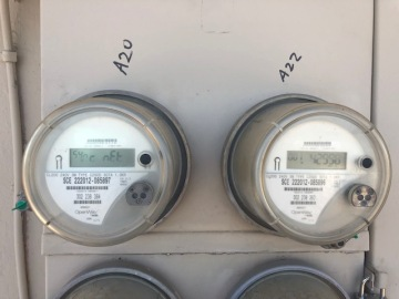 Meter swap raises a Cathedral City resident's electricity bill