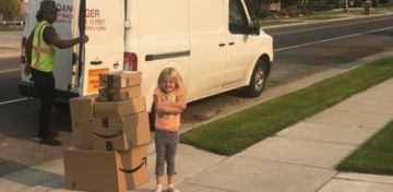 Six-year-old girl orders $350 worth of toys on mom's Amazon account