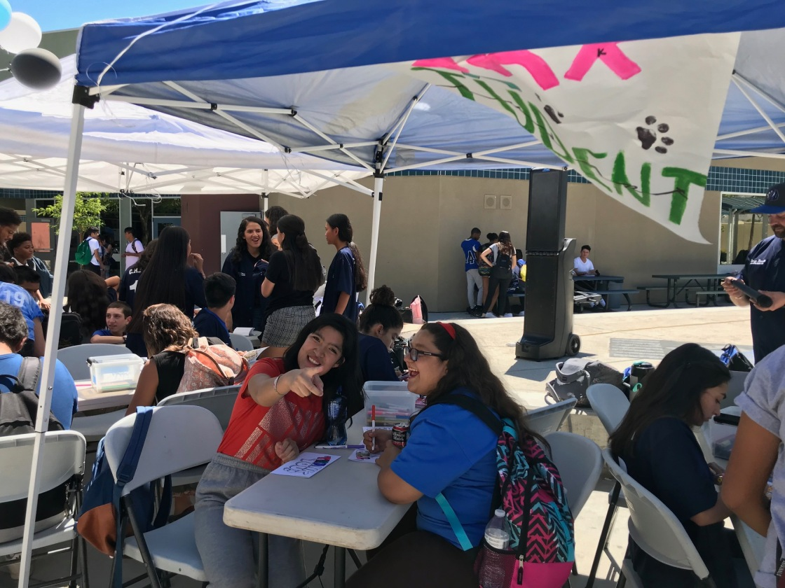 Cathedral City High Celebrates Kindness