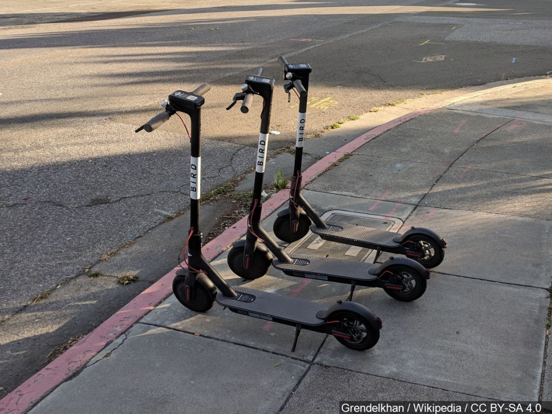 """Palm Desert """"Pumps the Breaks"""" on Electric Scooters"""