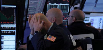 Dow dives 600 points to below 22,000, S&P 500 enters bear market – worst Christmas Eve ever