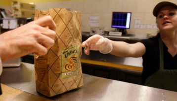 Get a free bagel at Panera every day until the end of the year