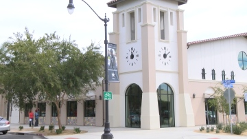 Tuition-free English classes at the Coachella Library