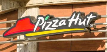 Pizza Hut's Beer Delivery Service is Coming to California This Summer