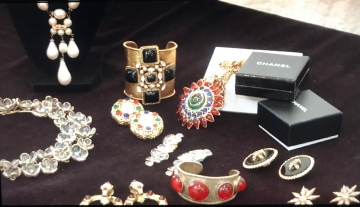 Local Jewelry Curator to Feature Chanel Collection at Modernism Show and Sale