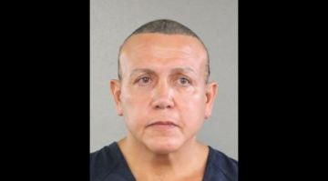 Cesar Sayoc, who sent pipe bombs to prominent Democrats, sentenced to 20 years