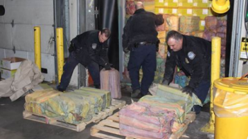 Authorities make largest cocaine seizure at N.Y.-area port in 25 years
