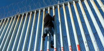Highest February total of undocumented immigrants crossing U.S. border in 12 years