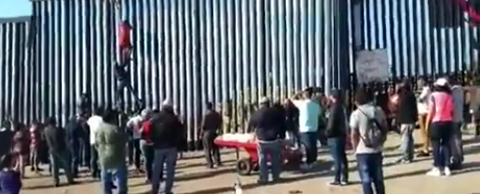 Video Shows 2nd Border Breach in 5 Days, 24 Arrested by CBP
