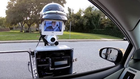 This police robot could make traffic stops safer