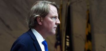 Congress can't compel Don McGahn to testify on Mueller report, Justice Department says