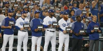 Dodgers Named Finalist for Humanitarian Team of the Year