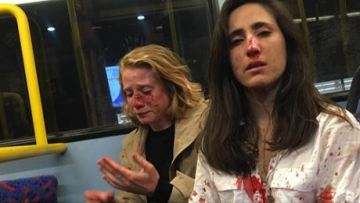 Four teenagers arrested in attack against lesbian couple on a London bus