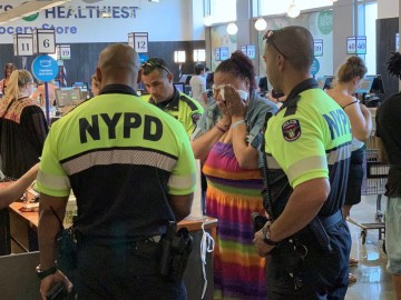 NYPD Called to a Whole Foods Store About A Auspected Shoplifter: Then They Paid For Her Groceries