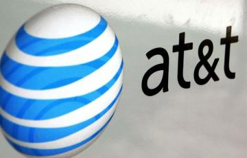 AT&T will soon automatically block annoying robocalls