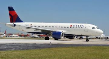 Delta pilot removed from fully boarded plane on suspicion of being intoxicated