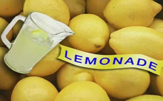 A 6-year-old boy opened a lemonade stand after his dad died, so he could treat his mom on a date