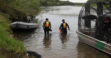 Missing 2-year-old at U.S.-Mexico border prompts search of Rio Grande River