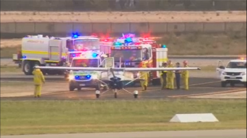 Student pilot lands plane after his instructor passes out