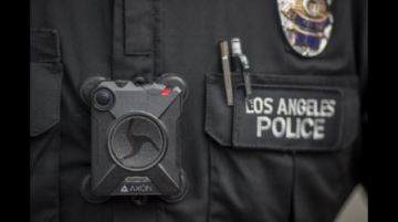 California lawmakers ban facial-recognition software from police body cams