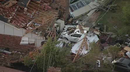Powerful tornado churned through northern Dallas, knocking out power and leaving damage in its wake