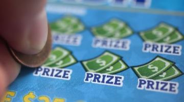 Man wins $200,000 lottery prize on the way to his last chemo treatment