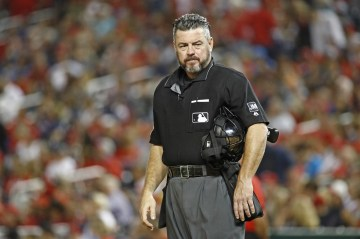 MLB to look into umpire tweet threatening 'cival war' if Trump is impeached