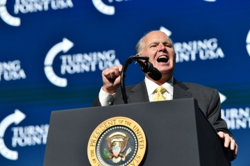 Rush Limbaugh says he has been diagnosed with advanced lung cancer