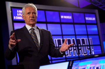 Alex Trebek surprised a homeless organization with a $100,000 check