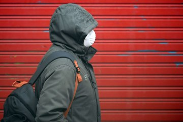 New public health recommendation to cover the face
