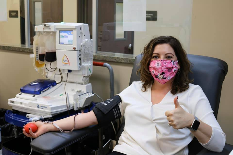 Recovered COVID-19 patient makes first plasma donation in valley