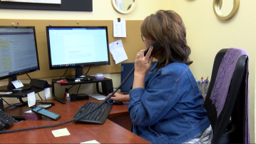 New Bilingual Hotline Helps Valley Residents During Global Pandemic