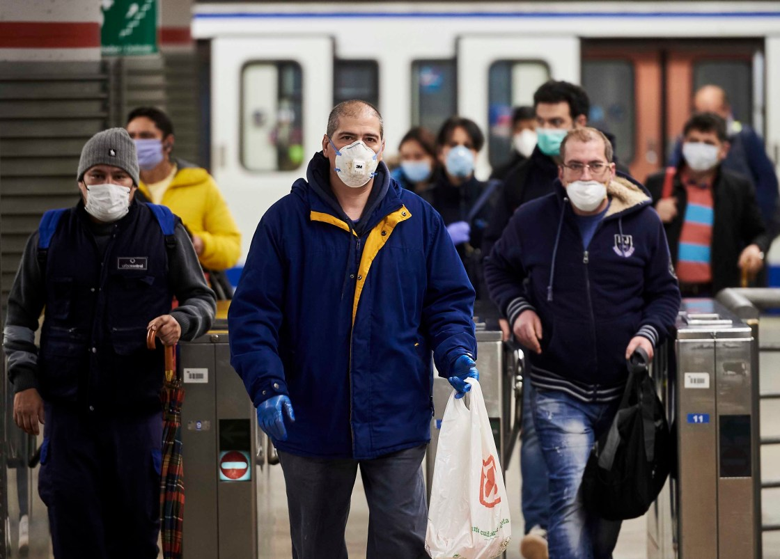 Hundreds of Thousands Return to Work as Spain Relaxes Coronavirus Lockdown