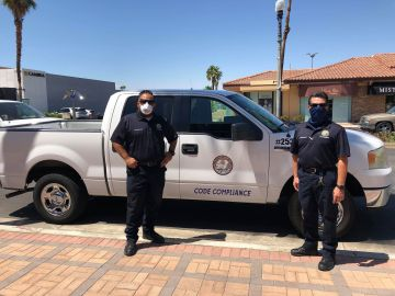 Palm Desert Code Compliance stops by local businesses