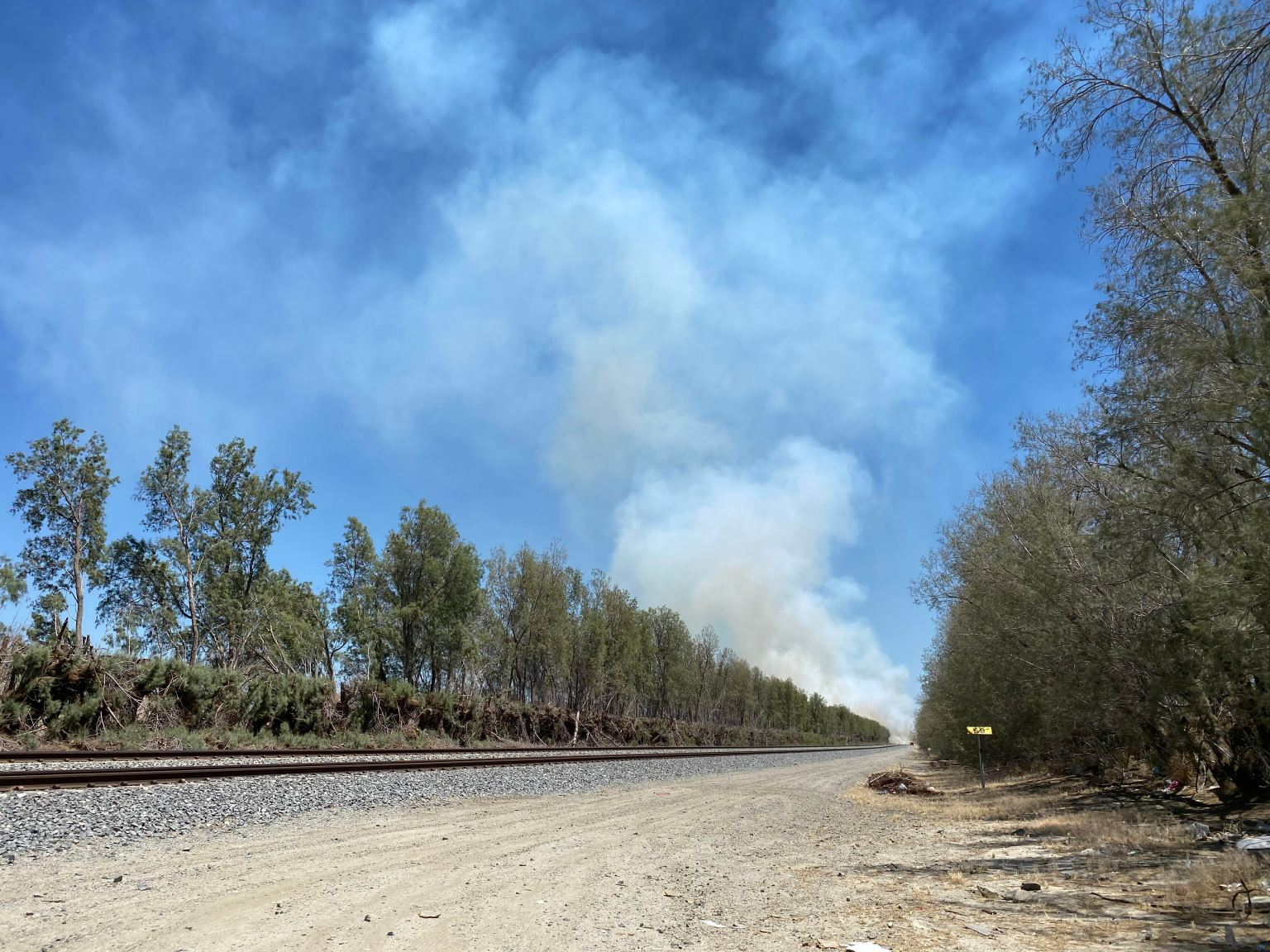 Fire Breaks Out Along I-10 in Cathedral City