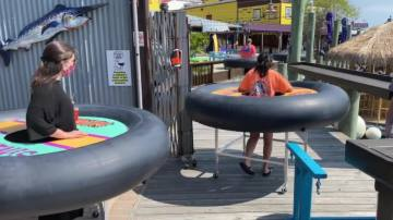 Restaurant in Maryland Creates Inner Tube Tables