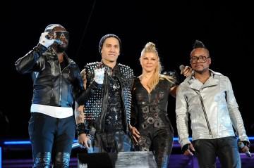 Black Eyed Peas explain Fergie's absence