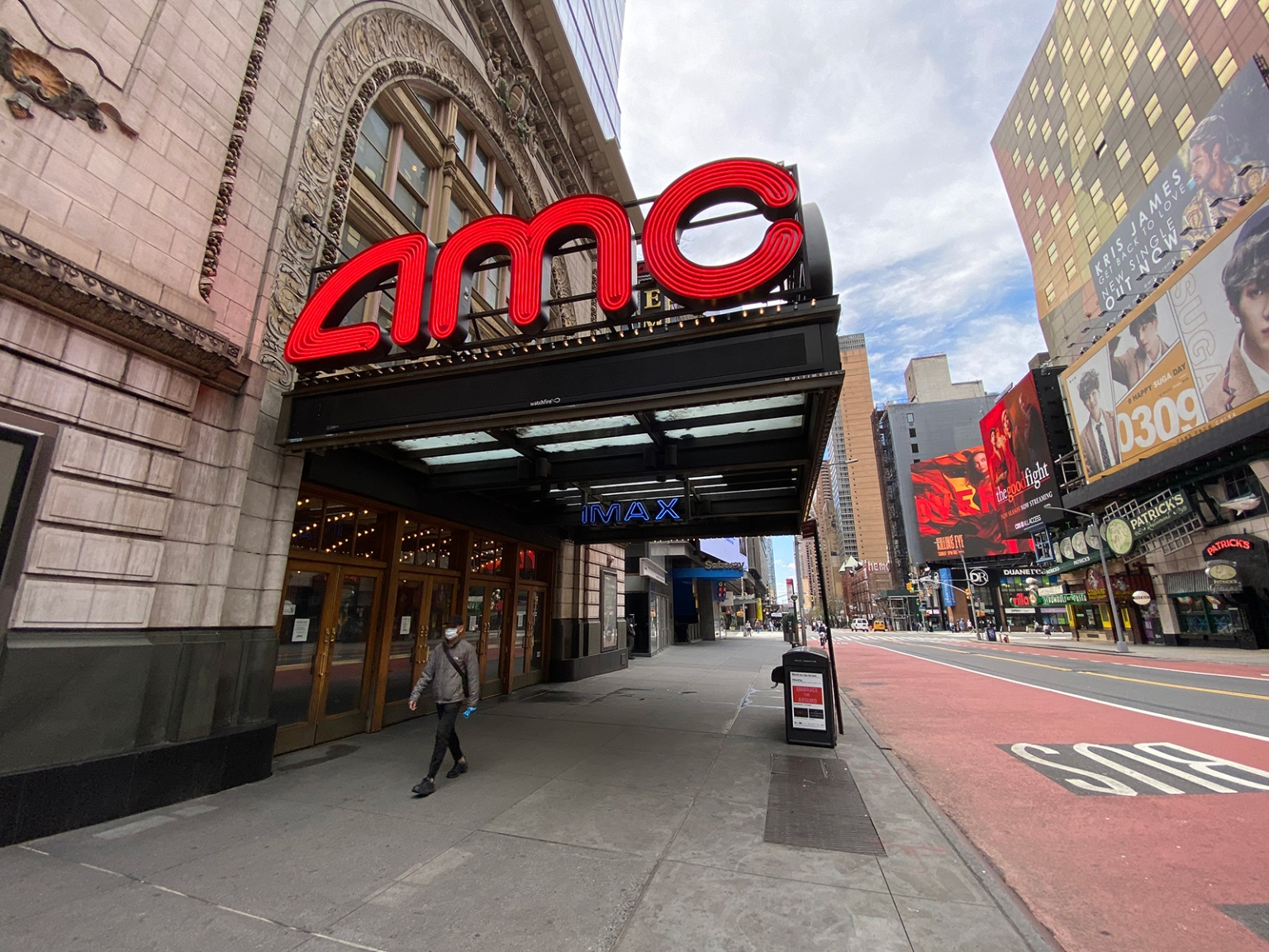 AMC Theatres sets reopening date and new health guidelines