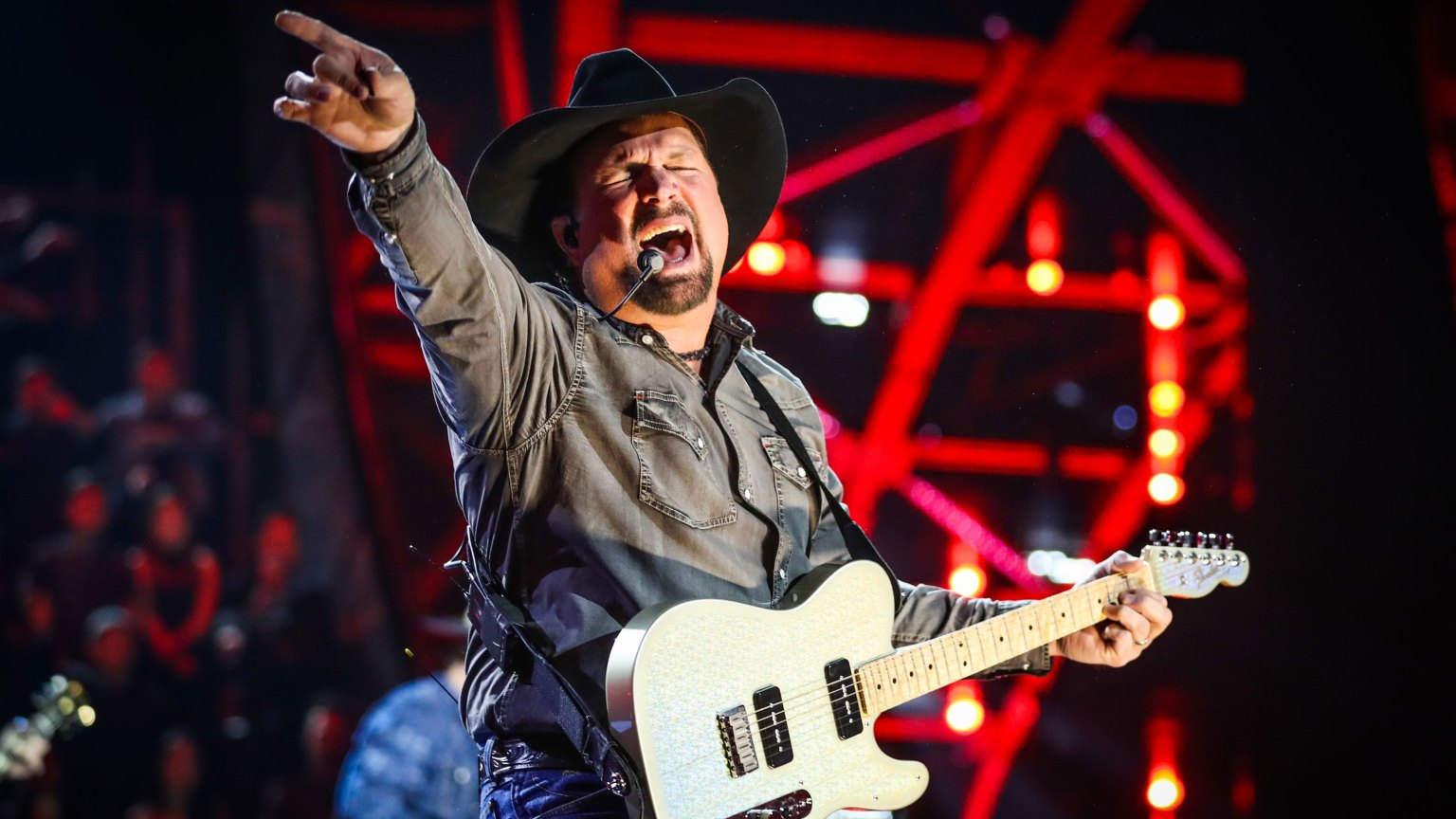 Garth Brooks Hitting the Road for Drive-In Concert